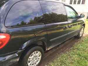 2006 dodge caravan!!!! Must read!