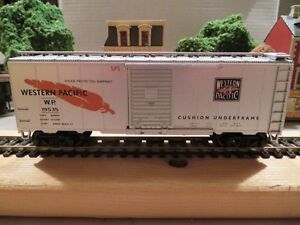 HO Train - 6 wagons 'freight' et 'box car'