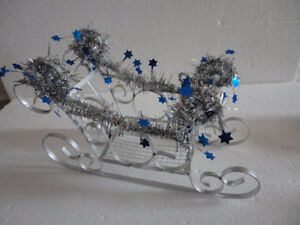 Decorative metal sleigh christmas decor accent