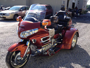 2007 Honda Goldwing 1800 with Motortrike Kit!