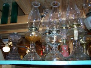 LOTS OF VINTAGE GLASS AND FIGURAL OIL LAMPS