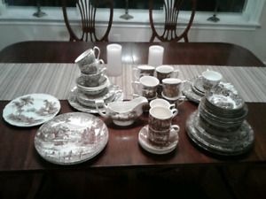 Assorted Brown Toile Dishes