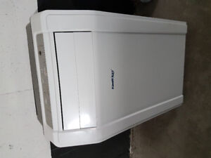 Stand up air conditioner.