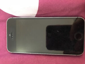 Unlocked iPhone 5s brand new condition, with new otter box
