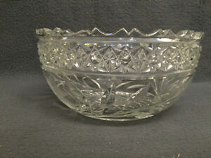 Collectible Antique Heavy Crystal Bowl London Ontario image 2