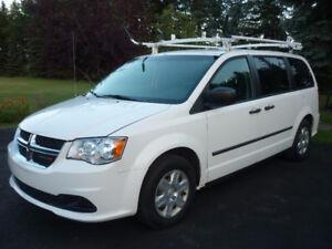 2011 Dodge Caravan Cargo Van ROOF RACK, SHELVING, LOW KMS!!!