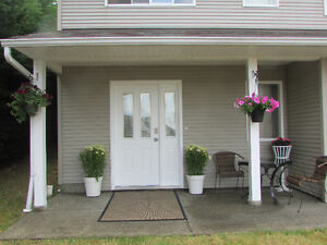 Vacation Suite  Furnished Parksville area 2 minutes from Hwy 19