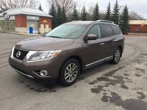 Nissan Pathfinder 2015 SL cuir , toit , panoramic ,navigation