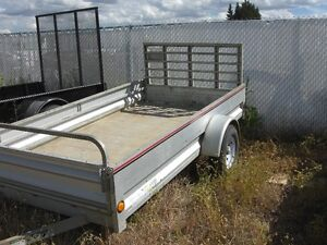 2013 5 FT X 10 FT STIRLING ALLUMINUM TRAILER---MINT COND.