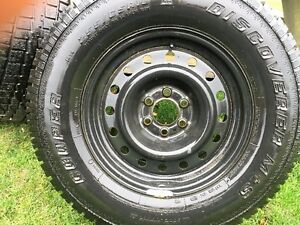 2 snow tires with rims included