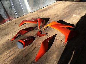 ZX 10 oem fairings 2008/9 PEARL BLAZING ORANGE