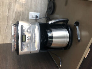 Cuisinart coffee machine with grind