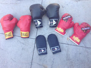 Assorted boxing gloves