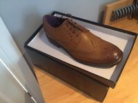 Size 9 mens brown brogue/formal shoes