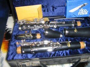 clarinette leverin dans sa boite