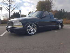 2000 Chevrolet S-10 Bagged Mini Truck 4 Linked Black Stallion