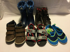 Boys Shoes - Size 9C