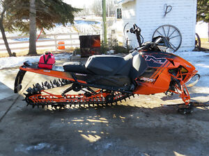 "2014 Arctic Cat M8000 Limited 162"" x 2.6"" ONLY 415 MILES Strathcona County Edmonton Area image 2"