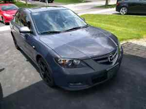 Selling Mazda 3 GT fully LOADED  162000KMS