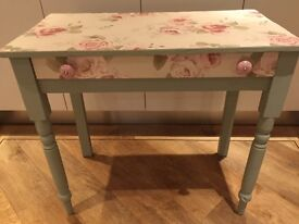 Console table dressing table