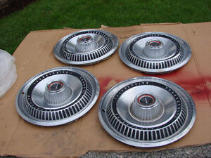 1966 FORD THUNDERBIRD WHEEL COVERS