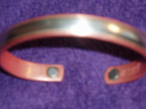 MAGNETIC STERLING SILVER IN COPPER BRACELET West Island Greater Montréal image 4