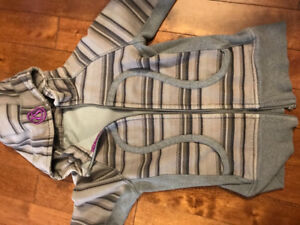 Lululemon hoody and crops for sale