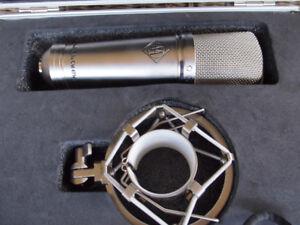 Advance Audio CM47fet microphone