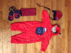 Souris mini spring/fall one piece with accessories like new