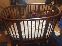 Stokke Sleepi crib & cot walnut