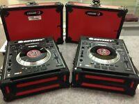 Newmark V7 Digital Turntables ~ Mint Condition