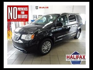 2016 Chrysler TOWN & COUNTRY LIMITED FULLY LOADED!!!!!!!