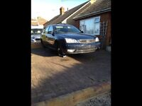 Ford mondeo mk3 tddi breaking for spares lots of parts available silver and blue