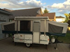 1998 Coleman Redwood 10' Tent Trailer