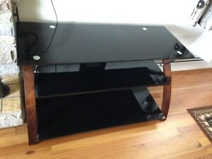 "Glass Tv stand 40"" x 15"