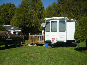 2010 Jayco Bungalow 40 BHS in Excellent condition