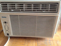 Danby 12,000 BTU Air conditioner MOVING!! MUST GO ASAP!