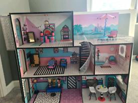 Amazing LOL doll house