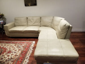 White leather sectional sofa 100x95x35 with storage