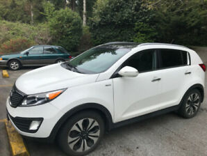 2013 Kia Sportage SX Turbo AWD -$15,900