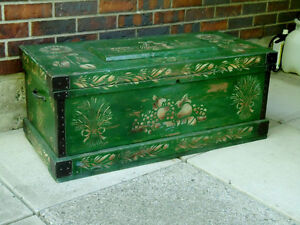 COUNTRY TRUNK, CHEST, COFFEE TABLE