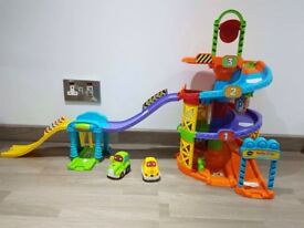 Toot Toot Parking Tower and Carwash set/ Toy garage
