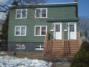 Beauthiful Bachelor Apartment in WestEnd Halifax