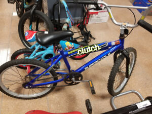 Clutch Supercycle Kids Bike