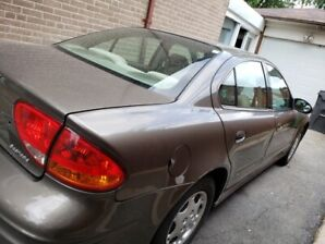 FOR SALE.... 2001 Oldsmobile Alero Car