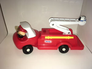 Little Tikes Fire Truck with people and dog