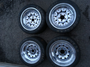 """Real Racing 3-piece 16""""x10"""" Aluminum R6 Series Wheels (Ford)"""