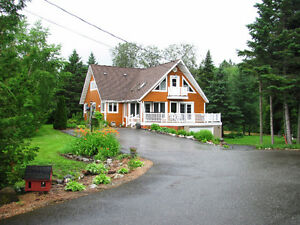 3 BEDROOMS HOUSE WITH WATERFRONT VIEW LOCATED IN GRAND FALLS