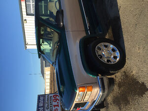 1995 GMC C/K 1500 Green Pickup Truck
