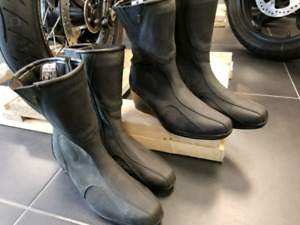 Ladies Motorcycle Riding Boots $99